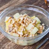 Maple yogurt, apple & nuts