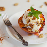 Baked peach with ricotta