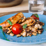 Balsamic chicken with tomato, basil, & white beans